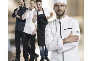 Unterschiedliche Kochoutfits in weiß und schwarz